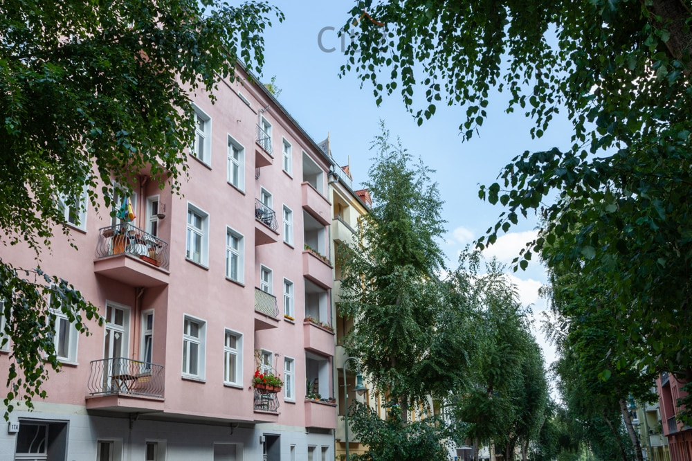 The building condition and construction year are crucial for the property valuation in Berlin
